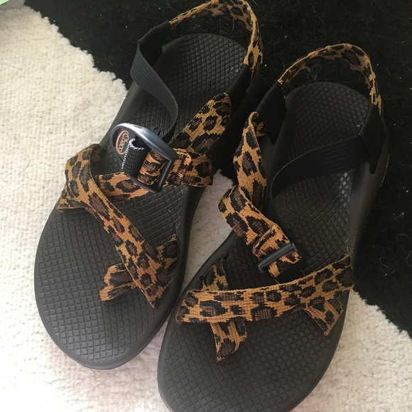 Chaco Shoes | Leopard Chacos Size 7